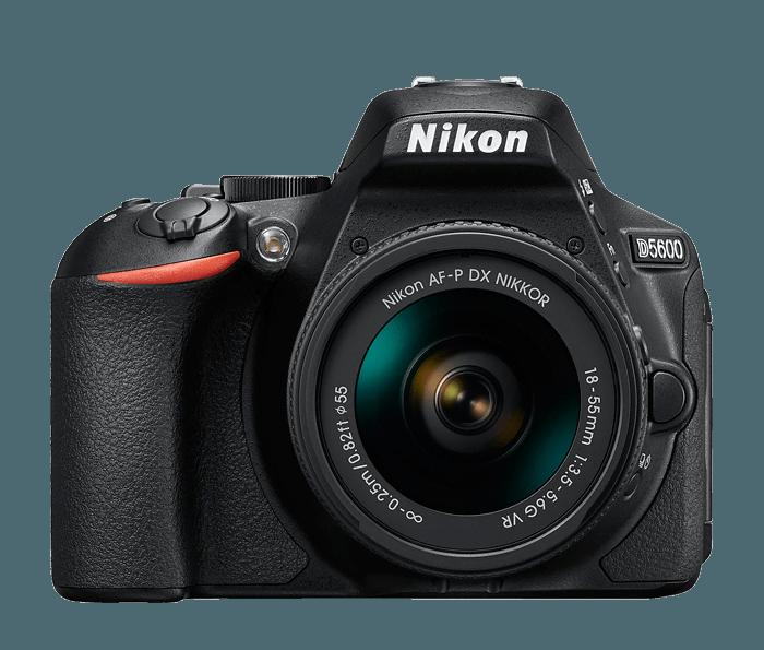 Cámara Nikon D5600 + Objetivo AF-P DX NIKKOR 18-55mm f/3.5-5.6G VR +